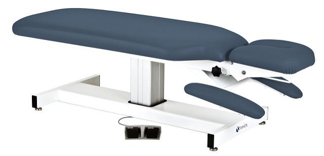stevige tafel voor fysiotherapeuten, dokters, artsen...